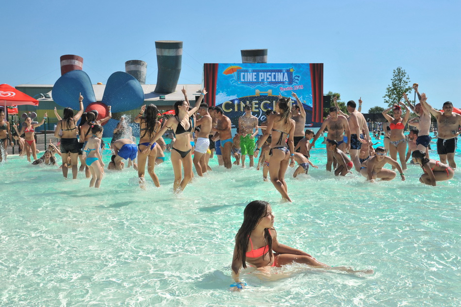 - CINEPISCINA CINECITTA WORLD 15 (2)